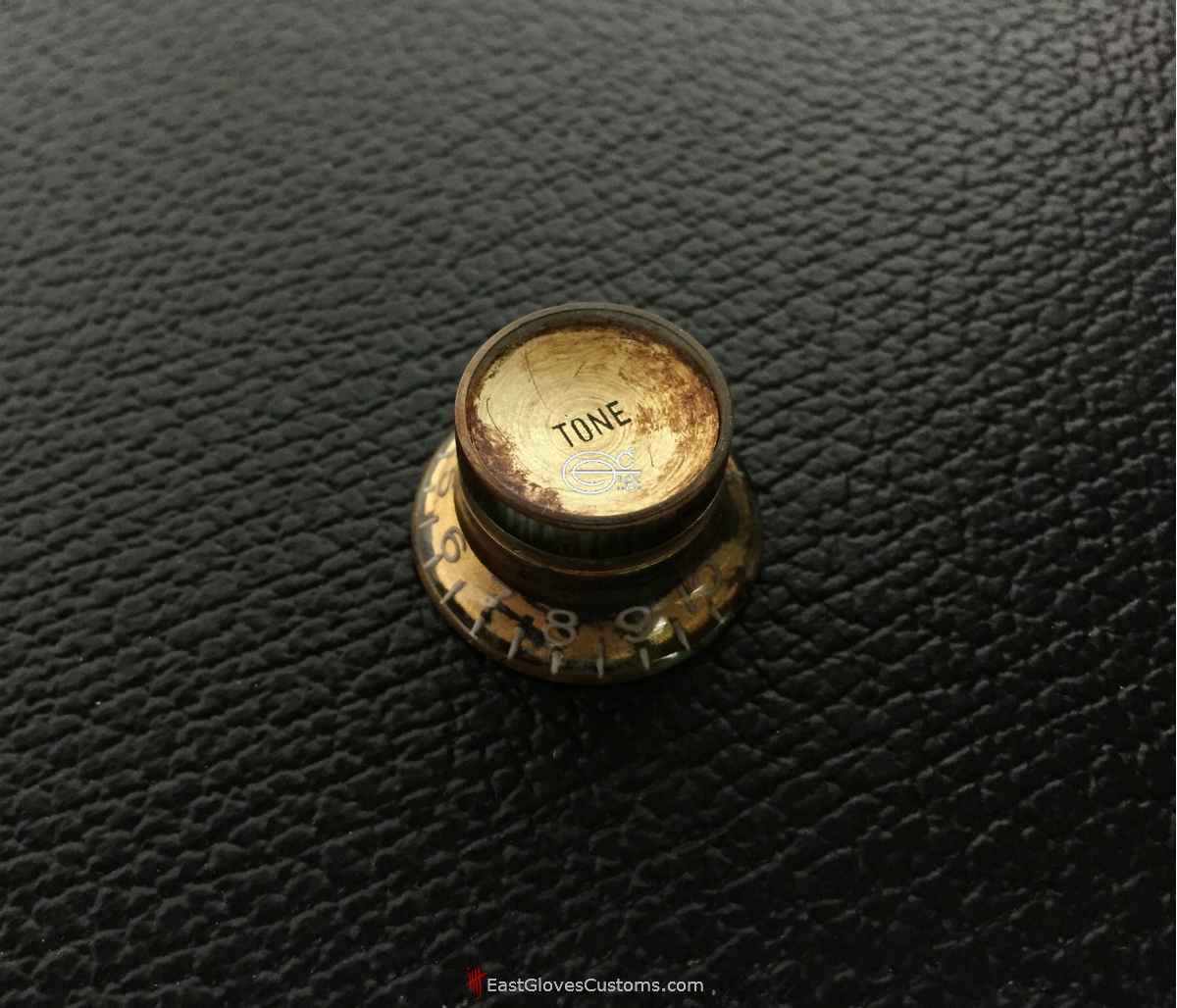 e20d1e761f4 ( GG10) 4 PCS GIBSON LES PAUL TOP HAT STYLE GOLD REFLECTOR OXIDIZED KNOBS  RELIC DISTRESSED AGED (SOLD)